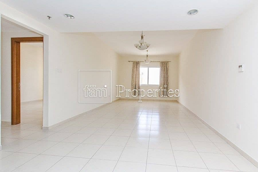 Motivated Seller Vacant 1BR Good Condition