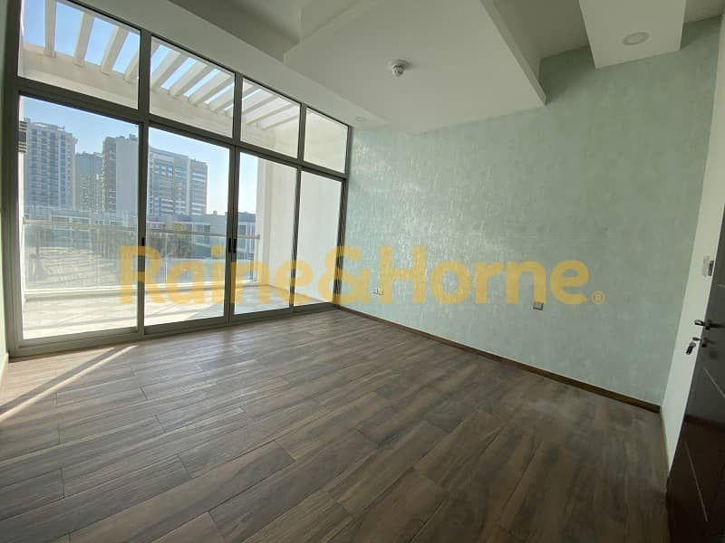 21 13 Months Contract Only | Lowest Price | Spacious