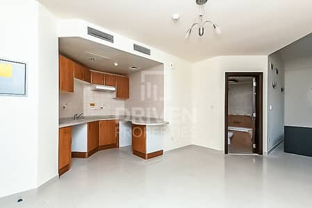 Studio for Sale in Jumeirah Lake Towers (JLT), Dubai - Upgraded Studio Apartment for Investment