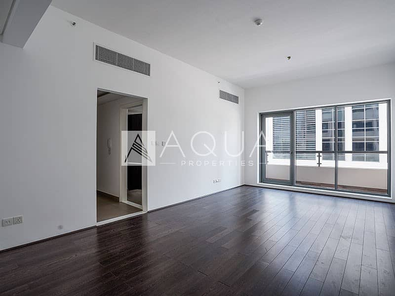 1 Bright and Spacious | J8 | Al Sufouh | Balcony