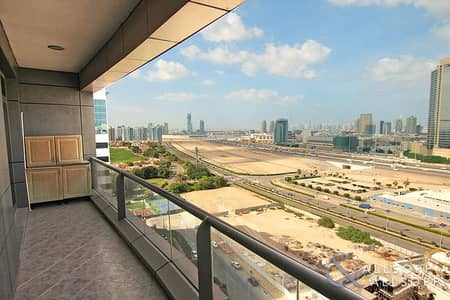 1 Bedroom Apartment for Sale in Dubai Sports City, Dubai - Large Bedroom | 1 Bed | Vacant On Transfer