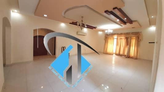 فیلا 6 غرف نوم للايجار في المويهات، عجمان - فيلا للايجار المويهات 3 . . . . . .