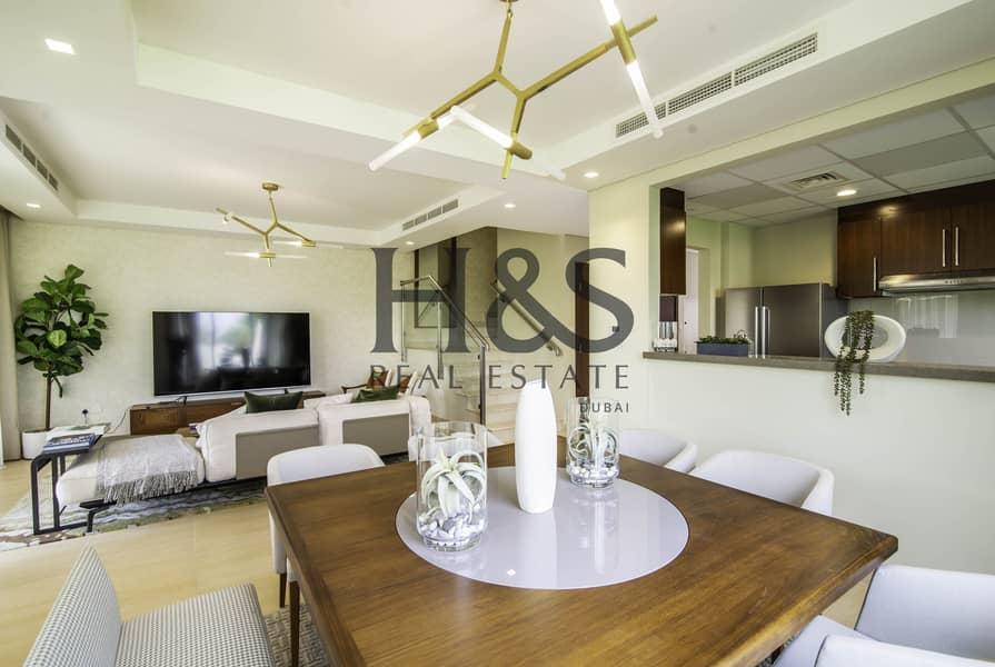 2 Amazing Offer  I Luxury 4 Beds Villa at A La Carte