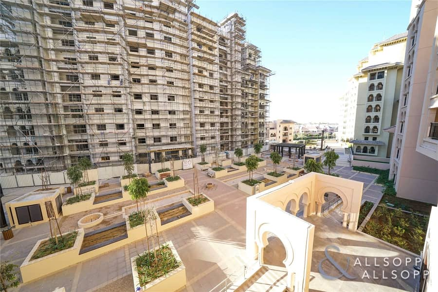 2 One Bed | Large Balcony | Plaza Facing