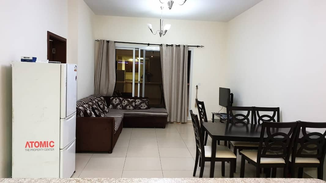 24 VACANT LARGE 1 BEDROOM WITH BALCONY FOR SALE IN STADIUM POINT