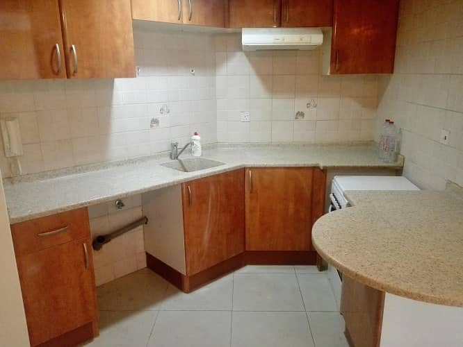 18 NICE UN-FURNISHED  AND FURNISHED  STUDIO- SMALL 1 BHK  IN JLT ONLY 26K TO 35K