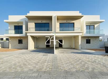 2 Bedroom Villa for Sale in Yas Island, Abu Dhabi - Hot Deal! 2 BR Villa Single Row No Transfer Fee