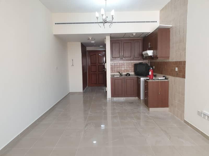 شقة في النهدة 2 النهدة 30000 درهم - 4889226