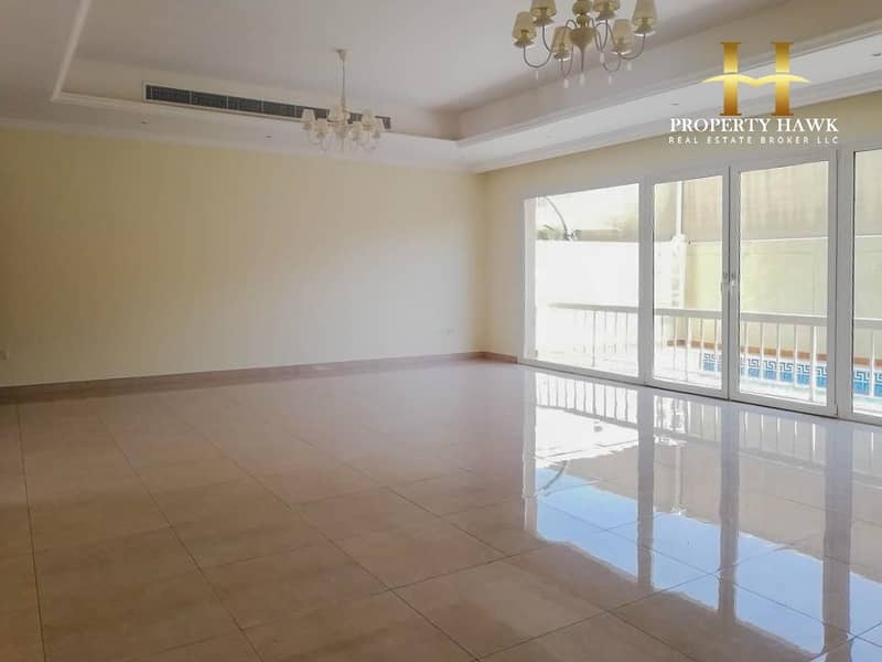 One Month Free | 5 Bedroom Villa in Jumeirah 1