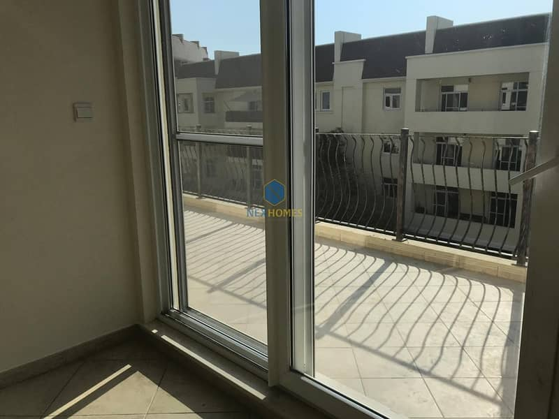 2 Beautiful Maintained 2 Bed Room - Best Price