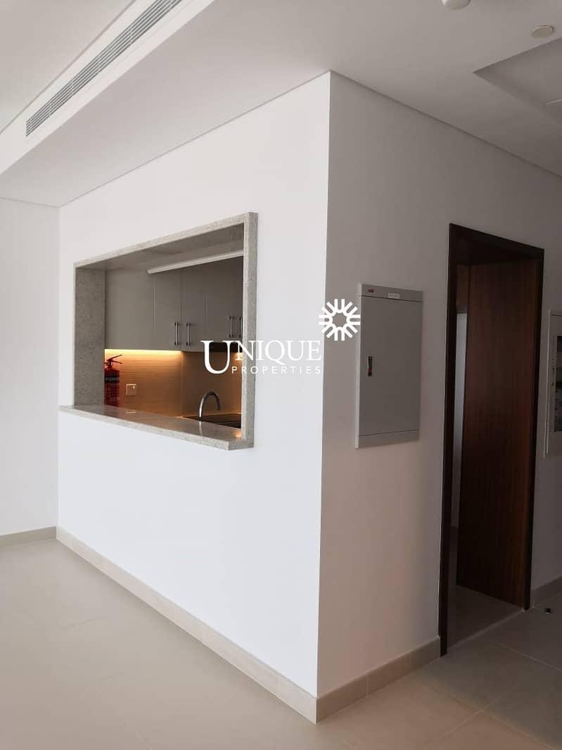 10 Spacious Apartment| Luxury finish |Nice view