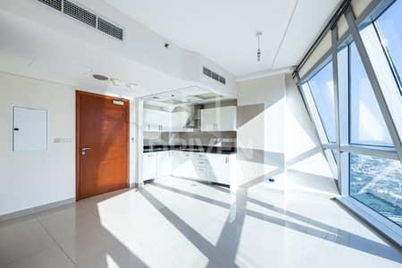 فلیٹ 1 غرفة نوم للايجار في مركز دبي المالي العالمي، دبي - High Floor | Stylish 1 Bedroom Apartment
