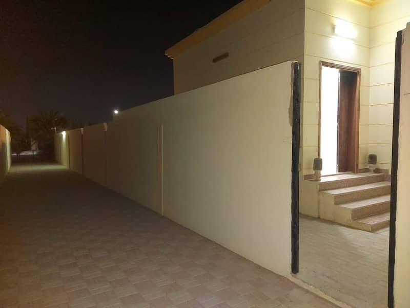Separate Entrance 2 Bedroom Hall With Separate Yard Including Wifi Near To Market In Al Shamkha.