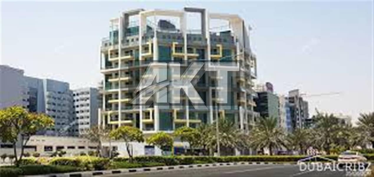 22 98 K / 4-6 cheques / Duplex 3 Br + M + S / unfurnished / Nice Layout / Sunshine Residence 2 / Silicon Oasis