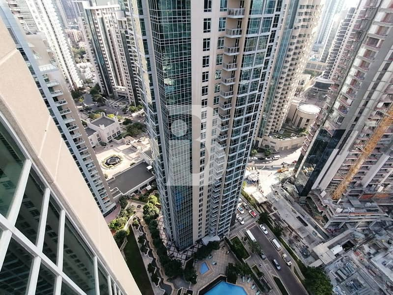 SPACIOUS /HIGH FLOOR 1 BEDROOM/ COMMUNITY VIEW