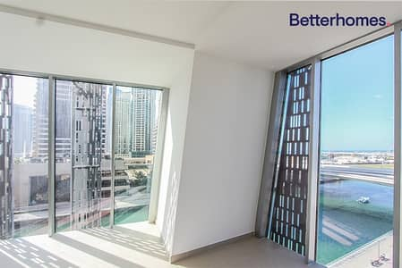 Sea View|Low Floor|Unfurnished |White Goods