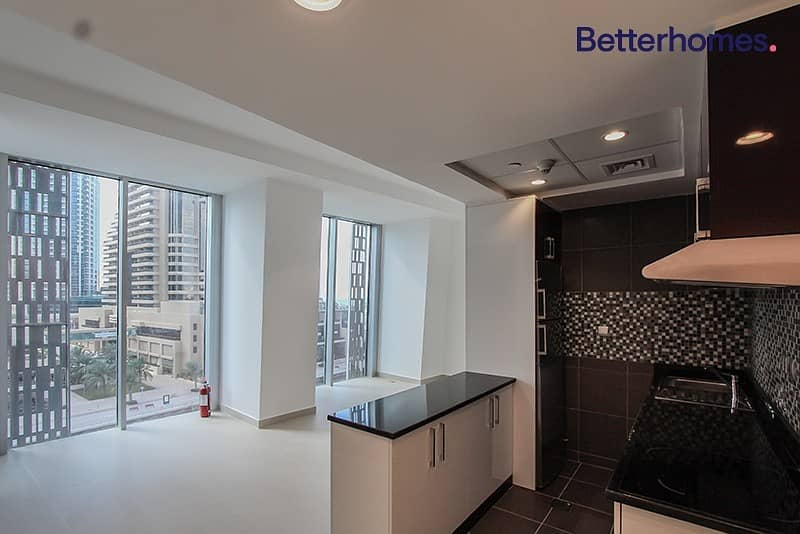 20 Sea View|Low Floor|Unfurnished |White Goods