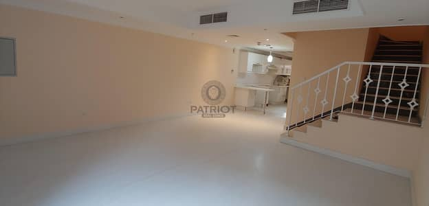 3 Bedroom Villa for Rent in Jumeirah Village Circle (JVC), Dubai - 3BED + MAID TOWNHOUSE | CLOSED 2 PARKING | SPACIOUS LAYOUT | ALL ENSUITE & BALCONY BEDROOMS