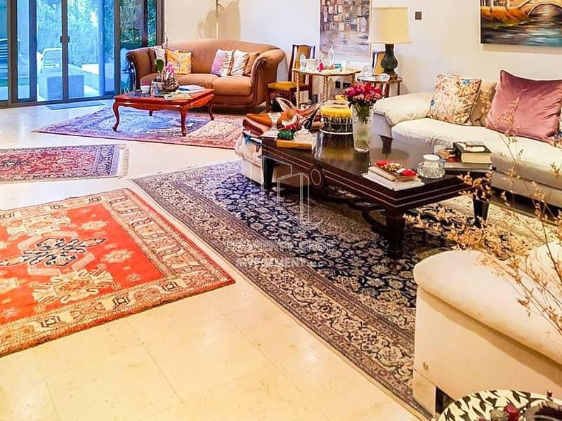 2 Elegant And Spacious Design 4+M w/ Huge Backyard