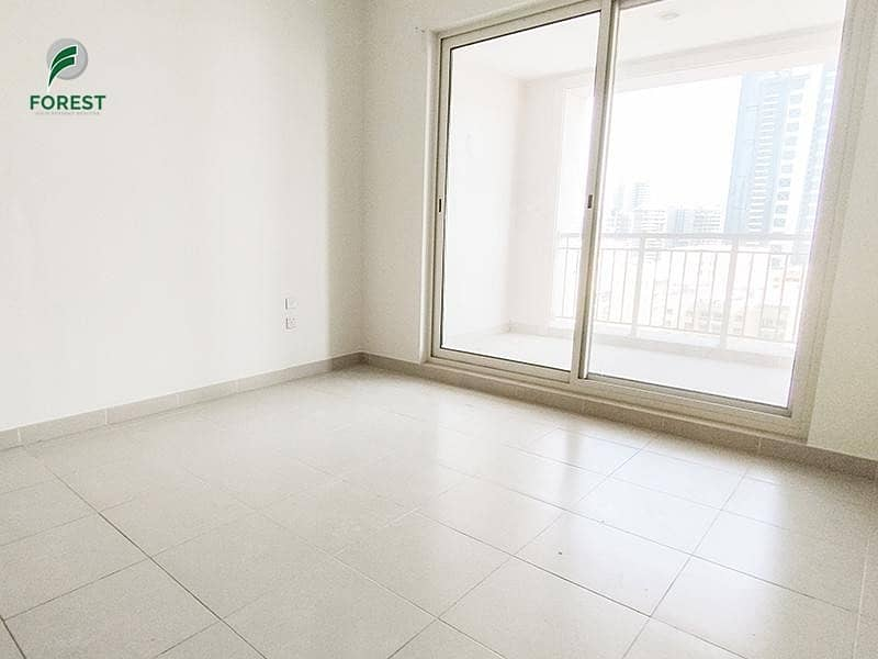 Well Maintained 1 Bed  Unfurnished   Vacant