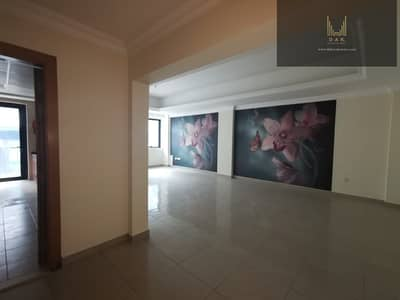 2 Bedroom Flat for Rent in Sheikh Zayed Road, Dubai - Along Sheikh Zayed Road | Short Walking Distance to Dubai Mall Metro Station