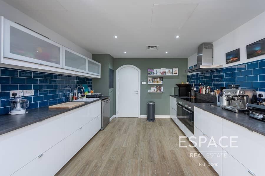 2 Exclusive Modern 3 Bedroom Opposite Park