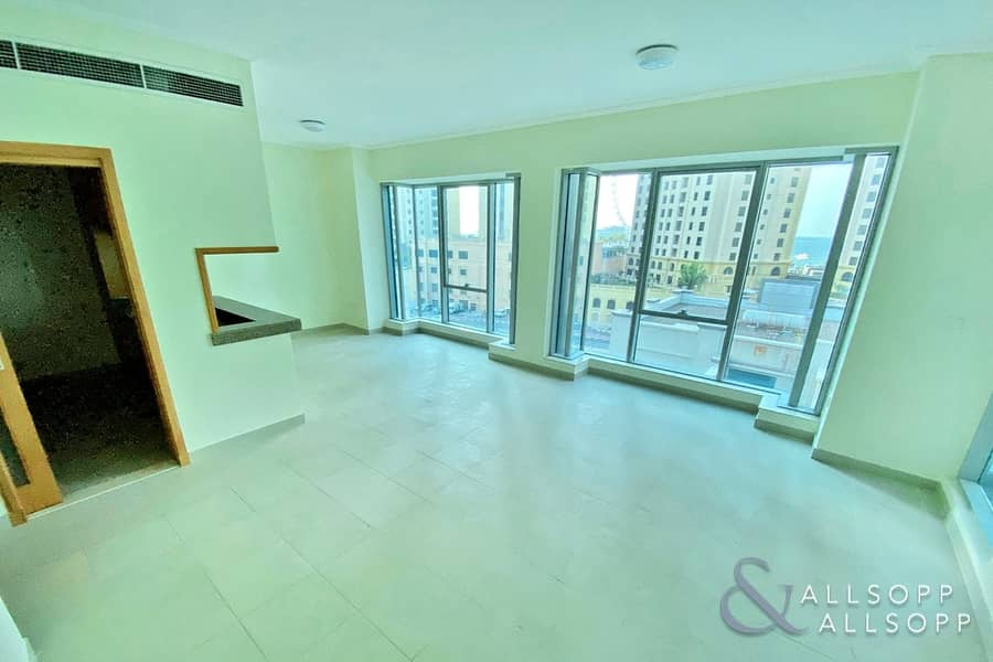 2 Vacant l 958 Sq Ft l One Bedroom Apartment
