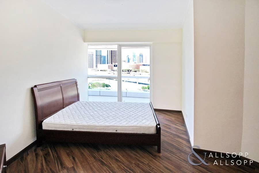 10 Vacant Now   Two Bedroom   Large Balcony