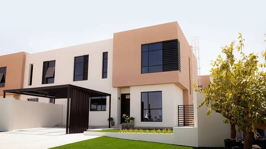 فیلا 3 غرف نوم للبيع في السيوح، الشارقة - Pay 55k and Own cheapest villa in sharjah very near to Dubai without service charge all life time.
