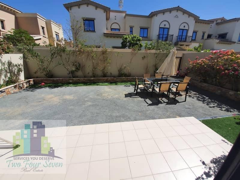 2 Unfurnished 3 bedroom villa  with maids room/nice garden in Mira 2