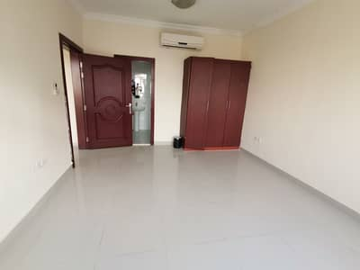 Beautiful 2 BHK Apt Available Near By Sakha Fathima Mosque.