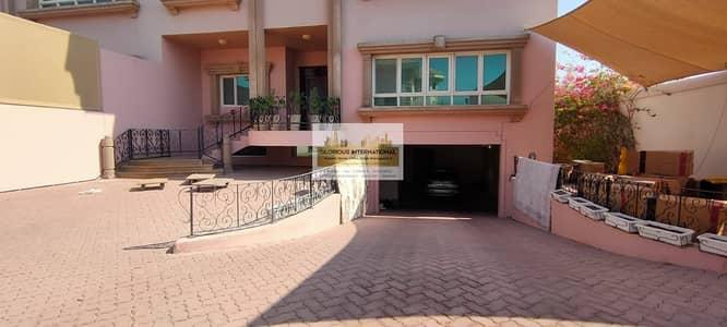 7 Bedroom Villa for Rent in Al Mushrif, Abu Dhabi - ROYAL VILLA! with 7BedRoom Embassy Area Al Mushrif