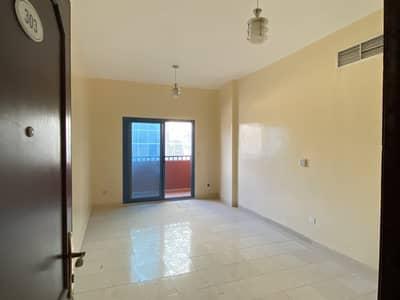 شقة في النعيمية 2 النعيمية 2 غرف 19000 درهم - 4592021