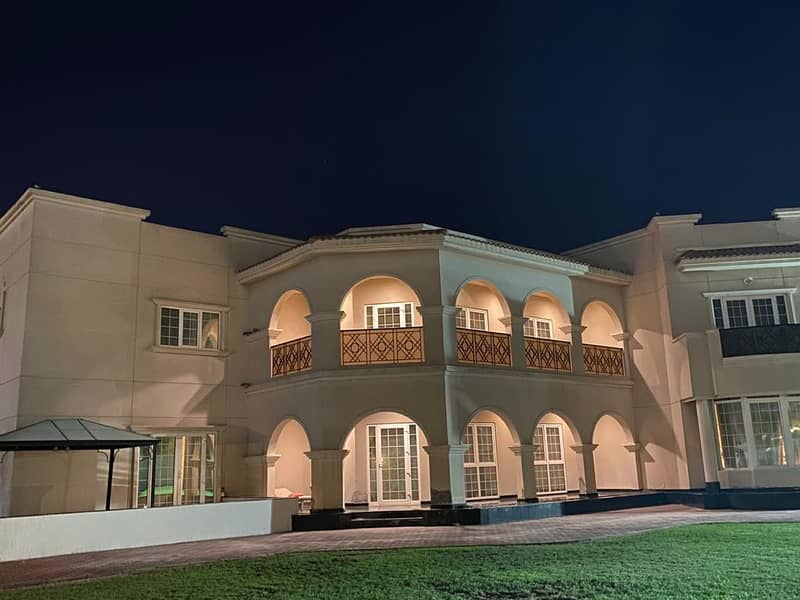 large and luxurious villa like the palace in Al Qurayn