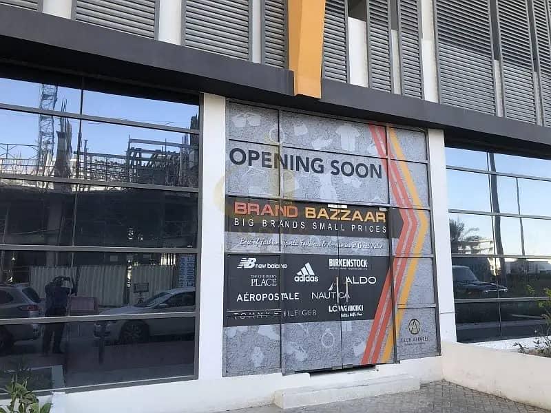 10 3 Months Free   Brand New Corner Shops District 11