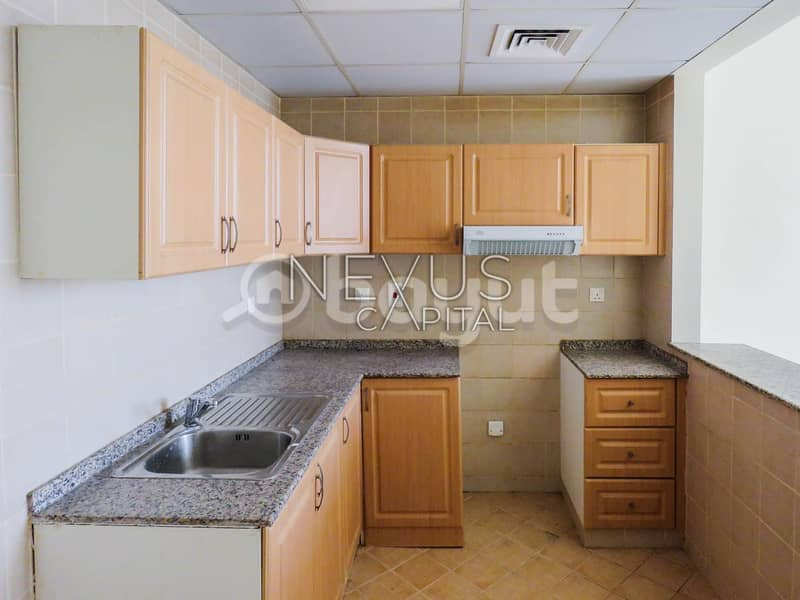 2 Well Maintained Studio APT  | Oasis High Park