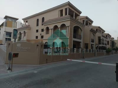 فلیٹ 4 غرف نوم للايجار في قرية جميرا الدائرية، دبي - Huge Size | Ready To Move |Bright 3Br. Apartment