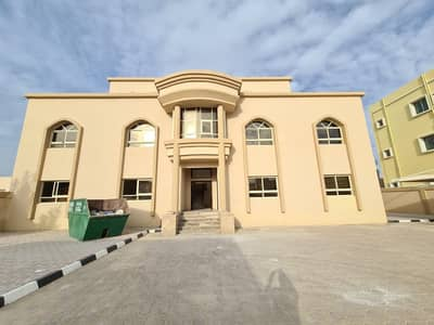2 Bedroom Apartment for Rent in Shakhbout City (Khalifa City B), Abu Dhabi - 2 bedroom and a hall for rent in an amazing new villa in Shakhbout City