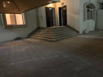 فیلا 4 غرف نوم للايجار في مدينة محمد بن زايد، أبوظبي - فیلا في مدينة محمد بن زايد 4 غرف 150000 درهم - 4892308
