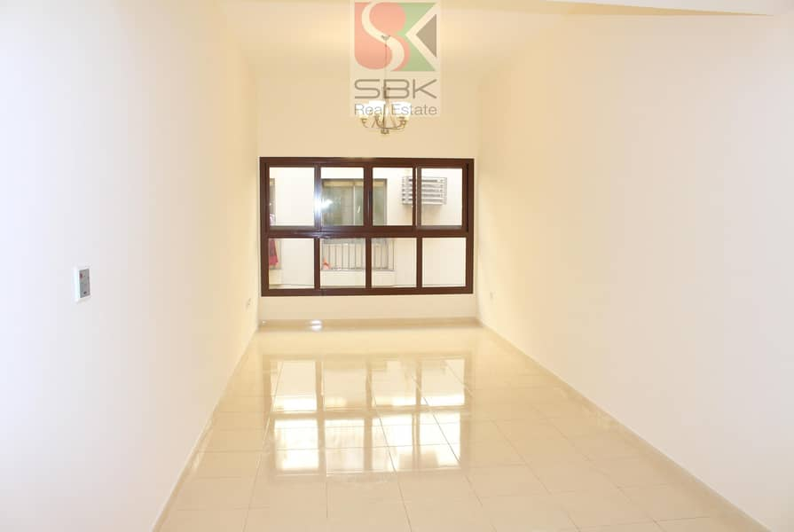 2 HUGE STUDIO  WITH CLOSE KITCHEN AVAILABLE NEXT TO AL FAHIDI  METRO