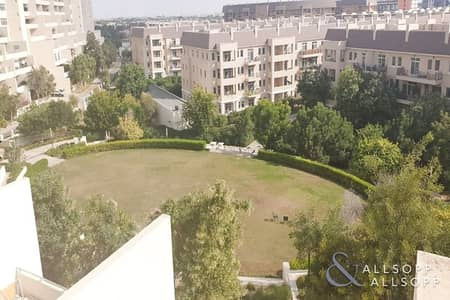 2 Bedroom Flat for Rent in Motor City, Dubai - Garden View | Large Terrace | 2 Bedrooms