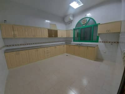 Marvelous 2 Bedroom Majlis With Huge Kitchen And Covered Parking monthly 3500 In Al Shamkha