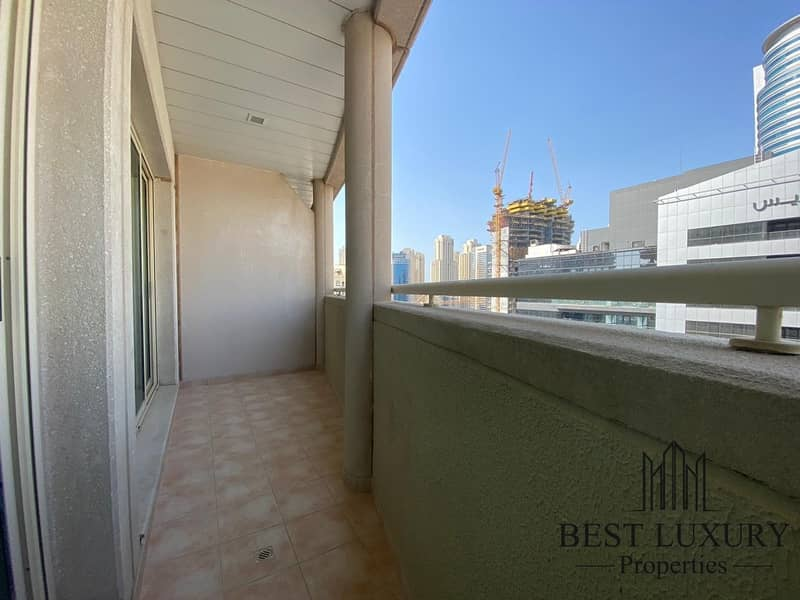 10 High Floor | Chiller Free |  Well Maintained
