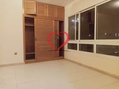Studio for Rent in Al Karamah, Abu Dhabi - Superb Studio Apartment available in Al Karamah Near Nation Hospital: