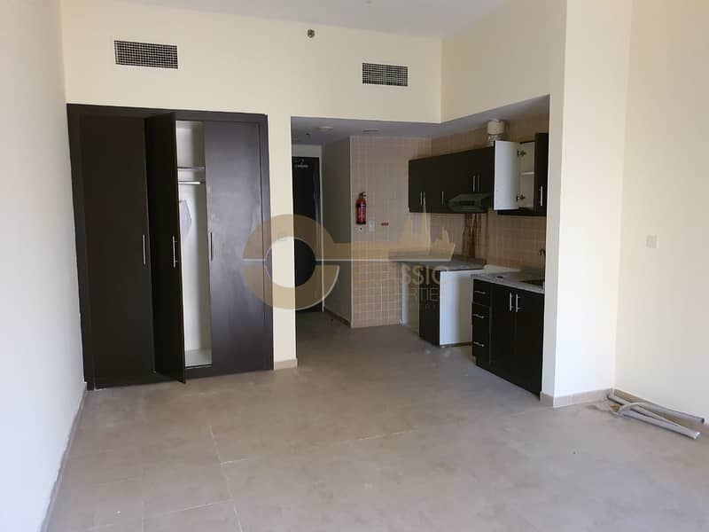 2 Spacious Studio| Unfurnished | Ready to Move In