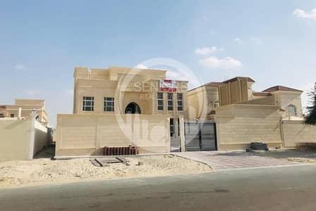 فیلا 7 غرف نوم للبيع في الشامخة، أبوظبي - Brand new! Huge 7BR villa with elevator.