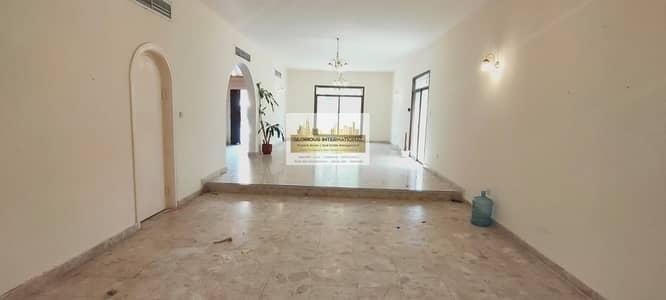 فیلا 3 غرف نوم للايجار في الخالدية، أبوظبي - Awesome 3BR Villa w/ Lovely Garden