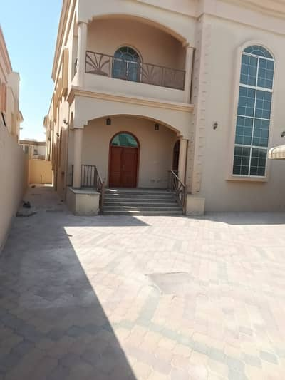 5 Bedroom Villa for Sale in Al Mowaihat, Ajman - Luxurious villa with personal finishing - with water, electricity and air conditioners, at the lowest villa price of 5,000 feet
