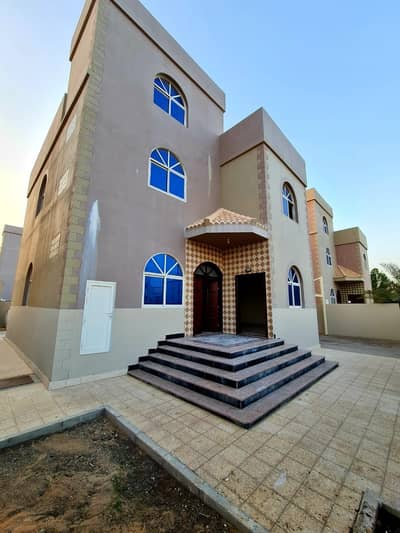 3 Bedroom Villa for Rent in Mohammed Bin Zayed City, Abu Dhabi - BEAUTIFUL 3 MASTER BEDROOMS PRIVATE ENTRANCE VILLA WITH MAID ROOM FOR RENT 105K