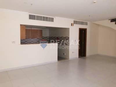فلیٹ 2 غرفة نوم للايجار في قرية جميرا الدائرية، دبي - Ground Duplex for Rent - Available NOW - 1 Month Free